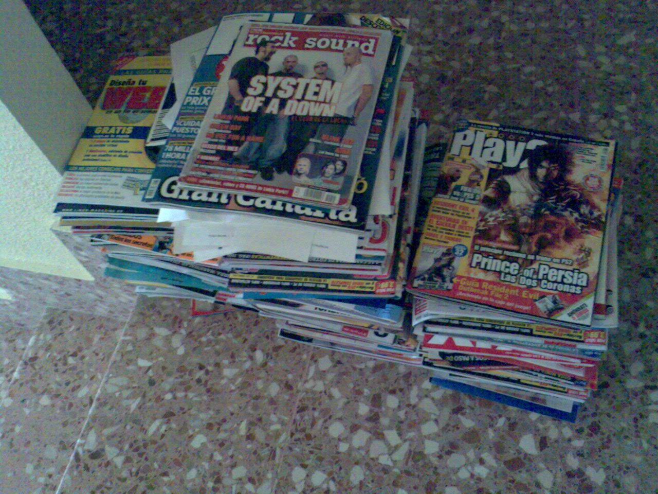 monton-de-revistas-2.jpg